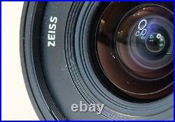 Fuji X Mount Zeiss 12mm f2.8 Distagon Touit Fujifilm Wide Lens Good User