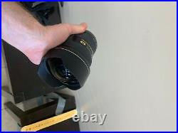Nikon 14-24mm f2.8 lens glass clean with no scratches (see Description)