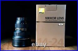 Nikon AF-S NIKKOR 14-24mm F/2.8G Ultra Wide Angle Lens